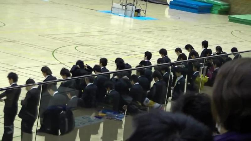 Spectacolul inedit de cea mai mare PRECIZIE Japoneză! Vei rămâne MUT de uimire după ce îi vezi cum defilează pe teren! Băieţii ăştia se sincronizează PERFECT