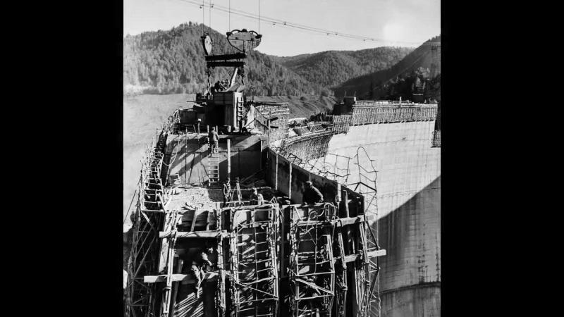 Imagini de colectie de la constructia barajului VIDRARU.