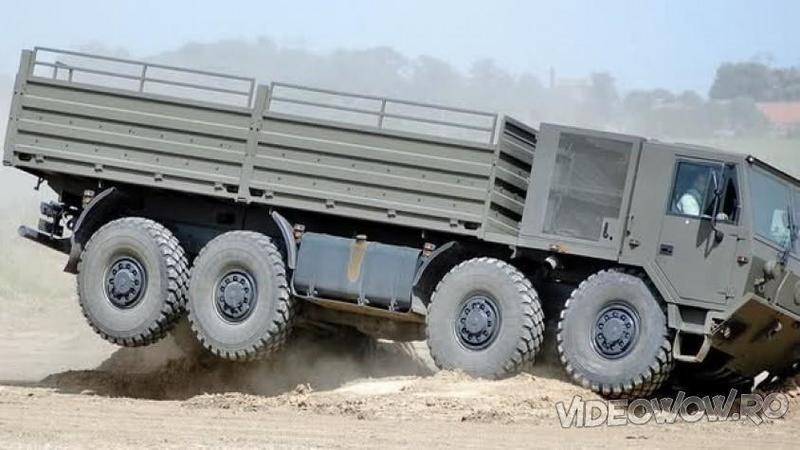 Este cel mai EXTREM şi BRUTAL camion din lume capabil să ajungă acolo unde nici măcar maşinile 4x4 nu sunt în stare! Iată cum arată o super-maşinărie gata de orice aventură... WOW