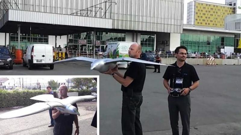 Pare un AVION din plastic, dar fi mai atent la el... este un robot în toată regula capabil să zboare ca o pasăre adevărată! Câteva minute din acest video şi vei rămâne STUPEFIAT