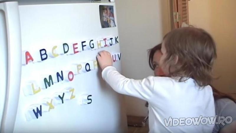 Are doar 2 anişori şi jumătate şi cu toate astea este capabilă de lucruri incredibile la vârsta ei! Nu îţi va vine să crezi că la o asemenea vârstă poate să citească şi să scrie aproape corect... Minunat!