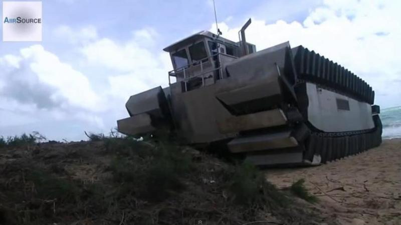 Maşinăria blindată a armatei Americane ţinută SECRET care urcă pe din OCEAN direct pe MUNTE! Este un mastodont din oţel care nu cunoaşte limite