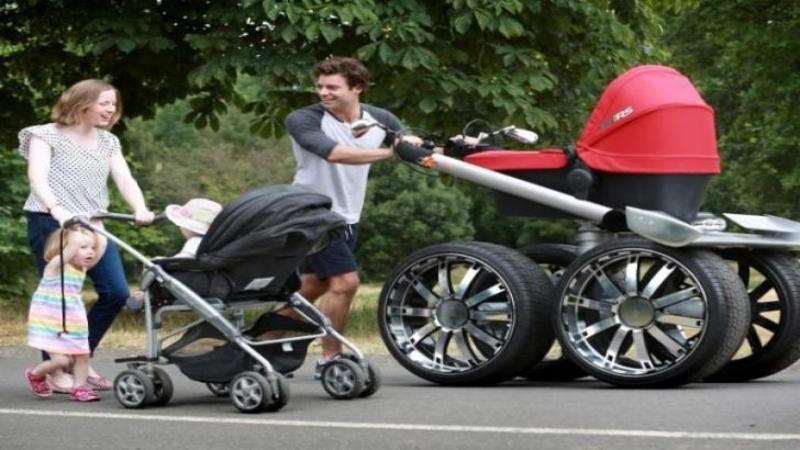 Pare un cărucior pentru copii normal, dar când ai să vezi ce face... îl vei vrea neapărat: Salvează viaţa copilului tău negreşit! O invenţie genială