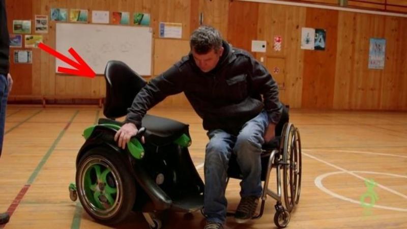 Pare un simplu şi banal SCAUN cu ROTILE, dar tehnologia din el va ajuta fiecare om cu dizabilitate locomotorie să se simtă mai liber ca niciodată! Fantastică invenţie