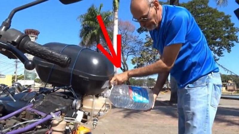 Motocicleta care funcţionează pe APA! Consumă 1 litru de APA la 500km: Invenţia unui brazilian care va revoluţiona întreaga lume