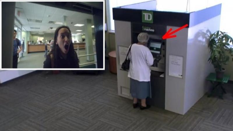 Bunicuţa se apropie de BANCOMAT şi încearcă să îşi retragă banii! Dar ce surprind camerele de supraveghere îţi va topi INIMA negreşit! O surpriză emoţionantă