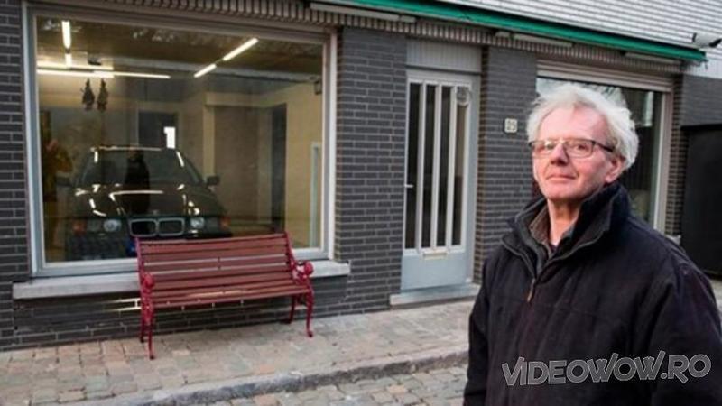 Primăria i-a refuza cererea de a construi un GARAJ pentru maşina lui din cauza cartierului select: Cum şi-a transformat casa acest om pentru a-şi adăposti maşina este pur şi simplu de necrezut!