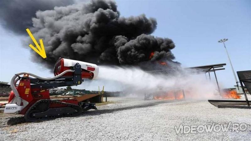 Este noua armă a viitorului împotriva INCENDIILOR care va fi folosită de pompierii de pretutindeni - Uite cum arată ROBOTUL minune care va stinge orice foc în doar câteva minute! Fantastic