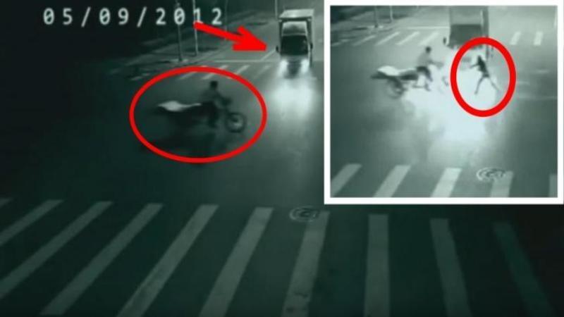 Salvat de la MOARTE de un înger păzitor chiar în ultima secundă: Videoclipul care a ajuns VIRAL datorită unei MINUNI fără precedent