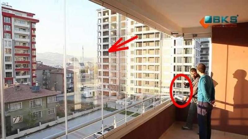Arată ca banale GEAMURI din termopan pentru balcon... dar stai să vezi de ce sunt în stare aceste minunăţii ale tehnologiei moderne... WOW, pe mine unu m-au convins!