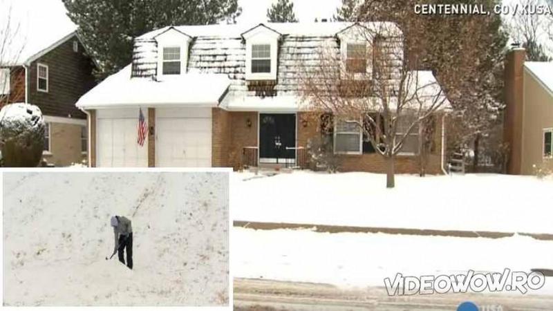 Un cartier întreg s-a trezit după o NINSOARE cu un bilet în uşile de la case! Ce au văzut pe geam i-a lăsat muţi de uimire! Minunat