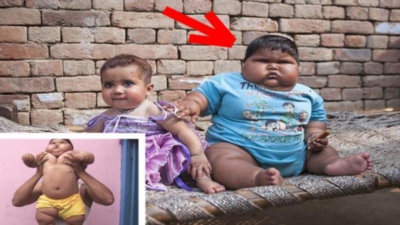 Are doar 10 luni şi cântăreşte 19 kg şi este cel mai GRAS copil din lume: Cum arată acest mic mâncăcios este de necrezut