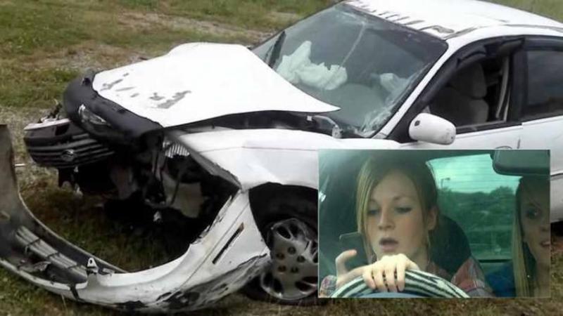Fiica lor de doar 18 ani moare într-un accident de maşină din cauza TELEFONULUI: După ce ai să vezi ultimul ei MESAJ care l-a dat în timp ce conducea îţi va sfâşia inima!