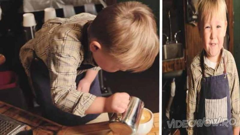 Este cel mai tânăr BARMAN din lume, iar când ai să vezi cât de harnic şi ştrengar este acest micuţ vei rămâne mut de uimire! Uite cât de bine ştie să facă o cafea de nota 10!