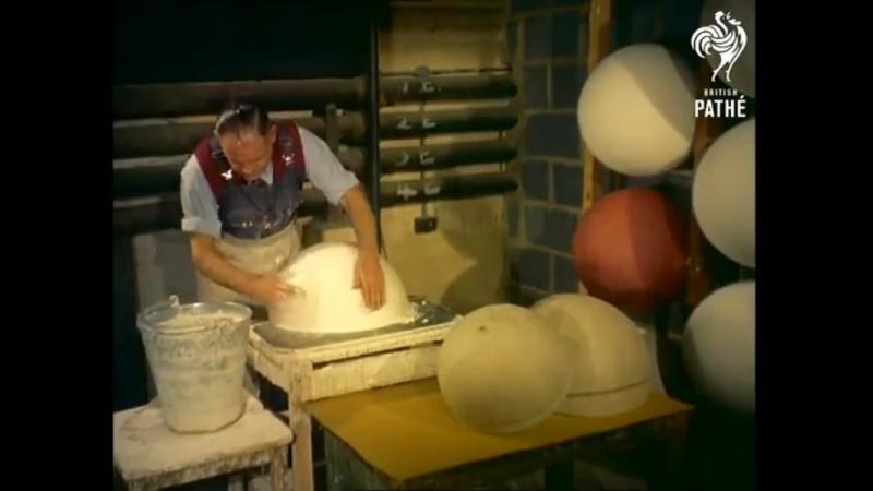 Iata cum se confectionau globurile pamantesti pe vremea cand chinezii nu faceau asa ceva.