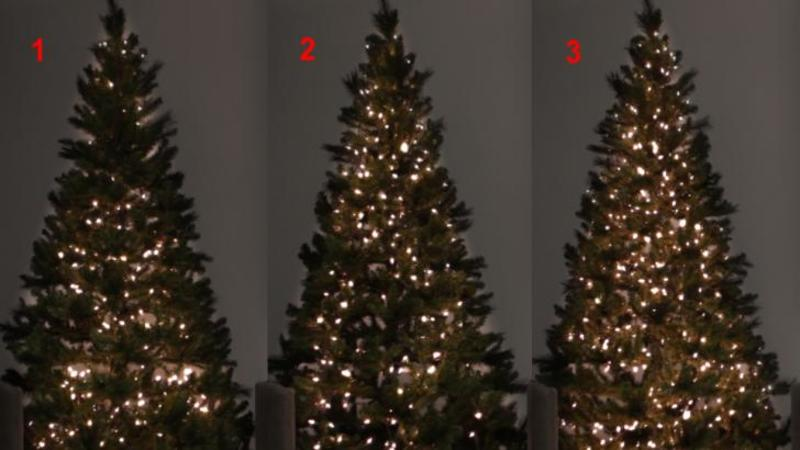 Va prezentăm 3 metode geniale de a împodobi BRADUL de Crăciun cu luminiţe aşa cum nu ai mai văzut vreodată: Voi ce metodă preferaţi? Eu unul m-am decis deja